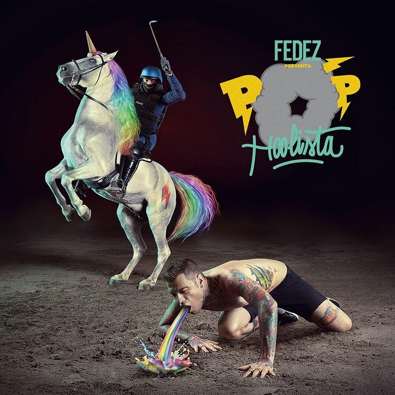 Fedez, marchio Pop-Hoolista illegale. Lo sfogo su Facebook (VIDEO)